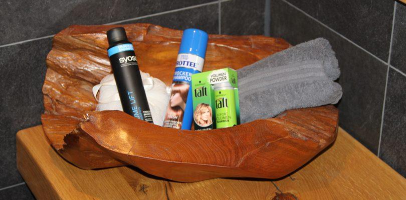 Trockenshamppo Haarpflege tipps Haarpflegeprodukte  810x400 - Trockenshampoo und Haarpuder- Frischegefühl in weniger als 5 Minuten