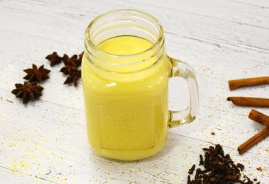 milch2 1 380x260 - Goldene Milch - der Geheimtipp für Körper und Geist