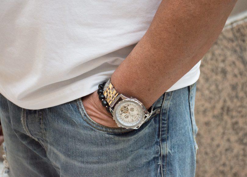 DSC 7241 810x581 - Stilhelden des Alltags - Lässiger Freizeit-Look mit Destroyed Jeans
