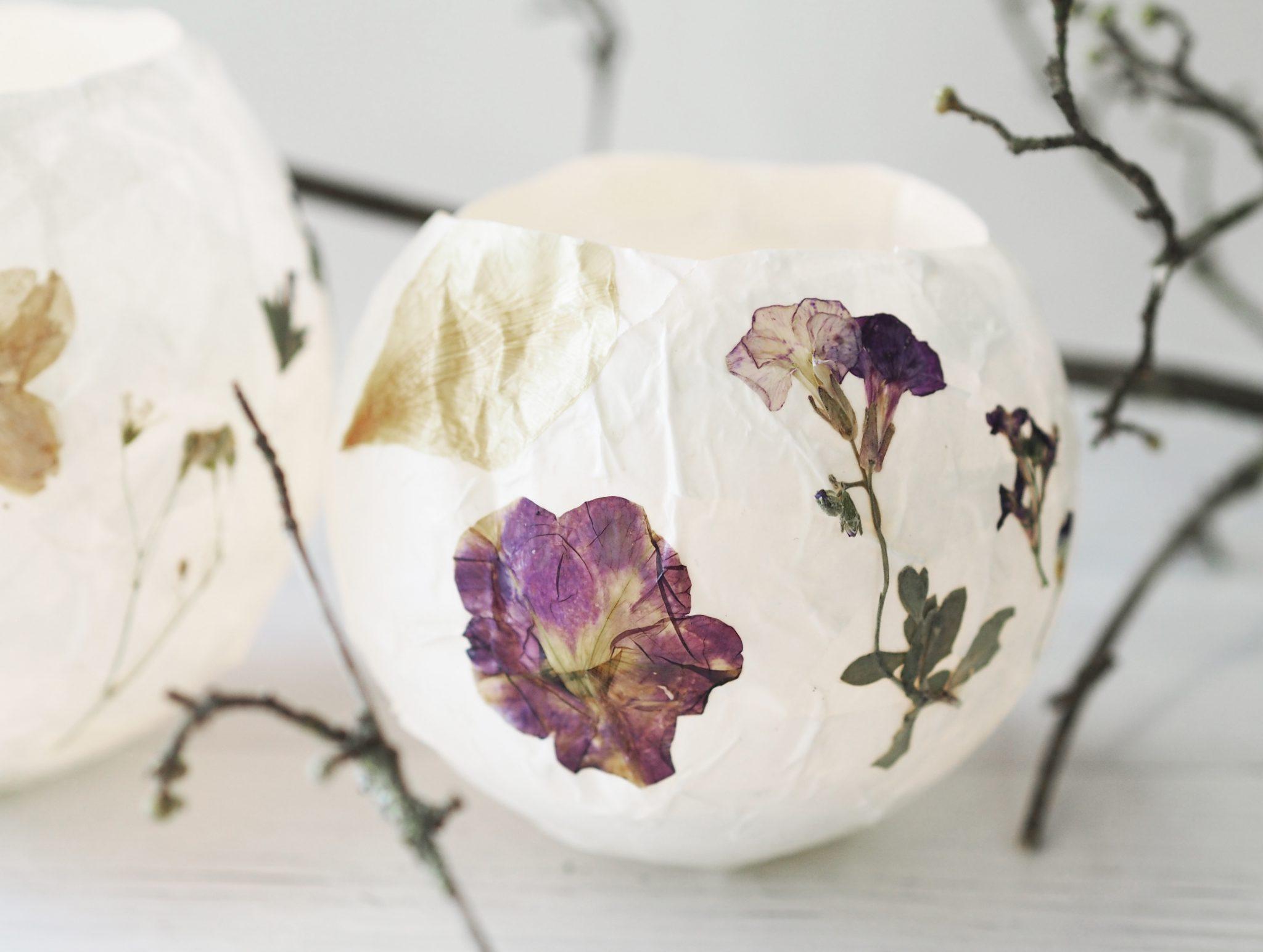 P6250277 - Selbstgemachte Lampions mit getrockneten Blüten