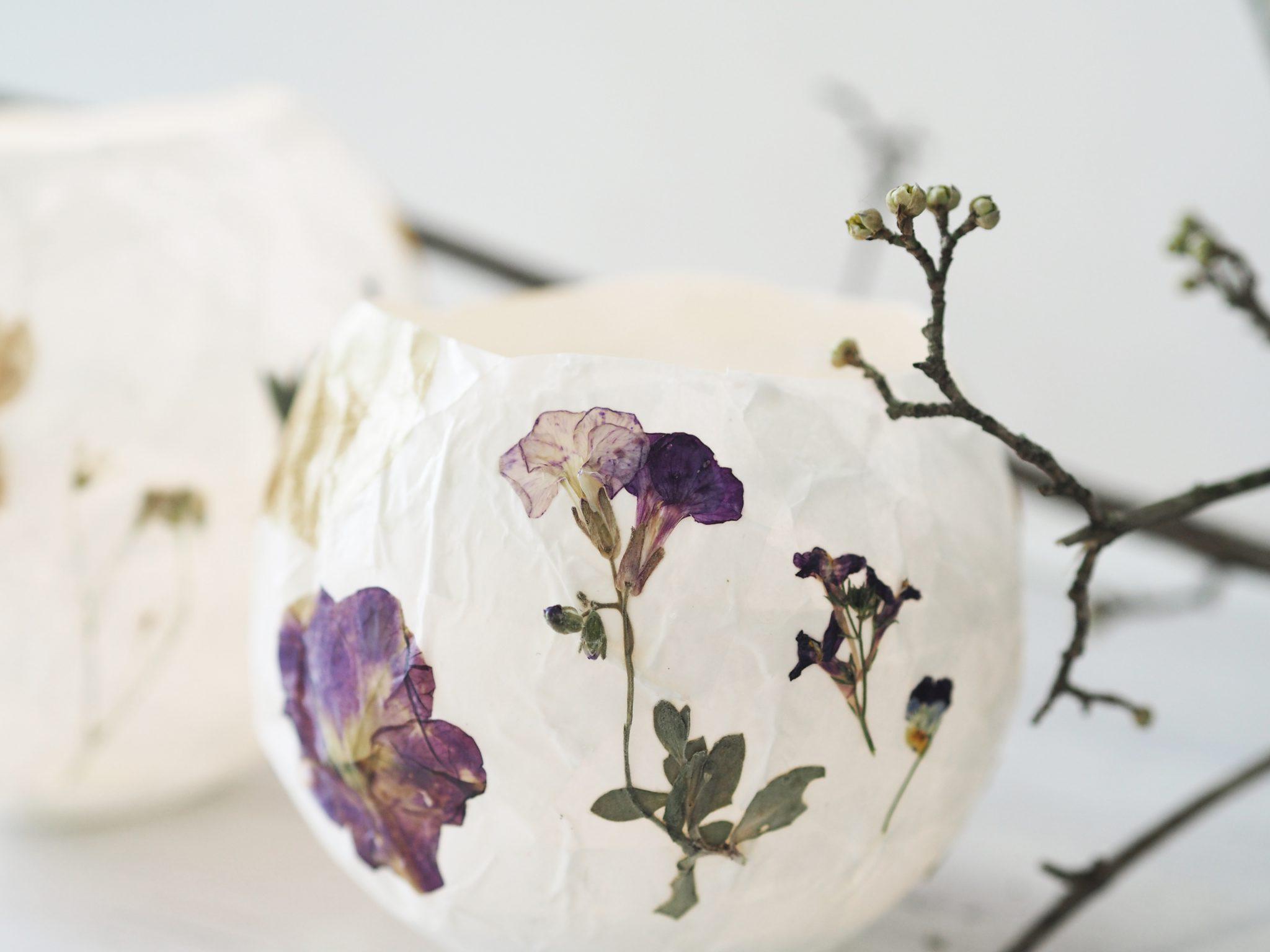 P6250317 - Selbstgemachte Lampions mit getrockneten Blüten