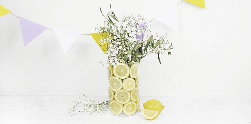 Header 2 810x400 - Gartenparty Teil 2: Vasen und Girlanden als hübsche Dekoration
