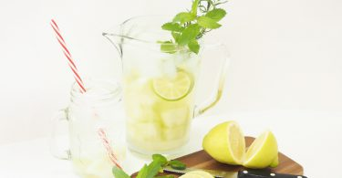 Header2 375x195 - Erfrischendes Sommerrezept: Melonenbowle mit Zitrone
