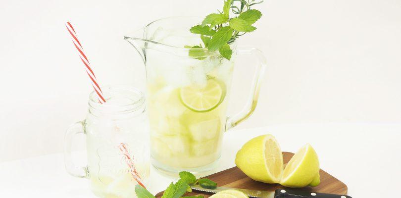 Header2 810x400 - Erfrischendes Sommerrezept: Melonenbowle mit Zitrone
