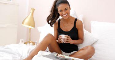 Top frühstück im bett 375x195 - Kühle Nächte mit deinem neuen Sommerpyjama