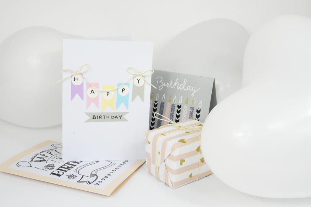 Geschenkkarte mit Fähnchen