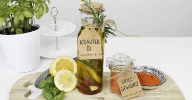 Selbstgemachtes Grillgewürz und Kräuter-Öl