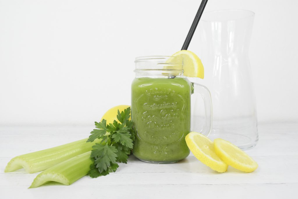 Smoothie Obst Gemüse 1024x683 - Grüne Smoothies:        Rezepte in tollen Varianten!
