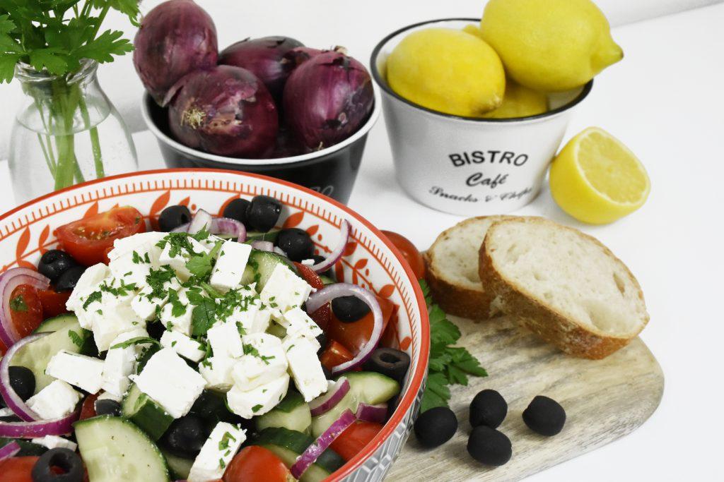 DSC 3411Kopie 1024x683 - Griechischer Salat für den Spätsommer