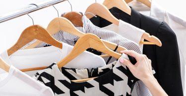 Kleiderschrank ausmisten 375x195 - Kleiderschrank ausmisten – hilfreiche Tipps, um Platz zu sparen und nachhaltig zu handeln