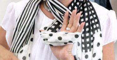 Schal binden header 375x195 - Stilhelden des Alltags: Damenrucksäcke