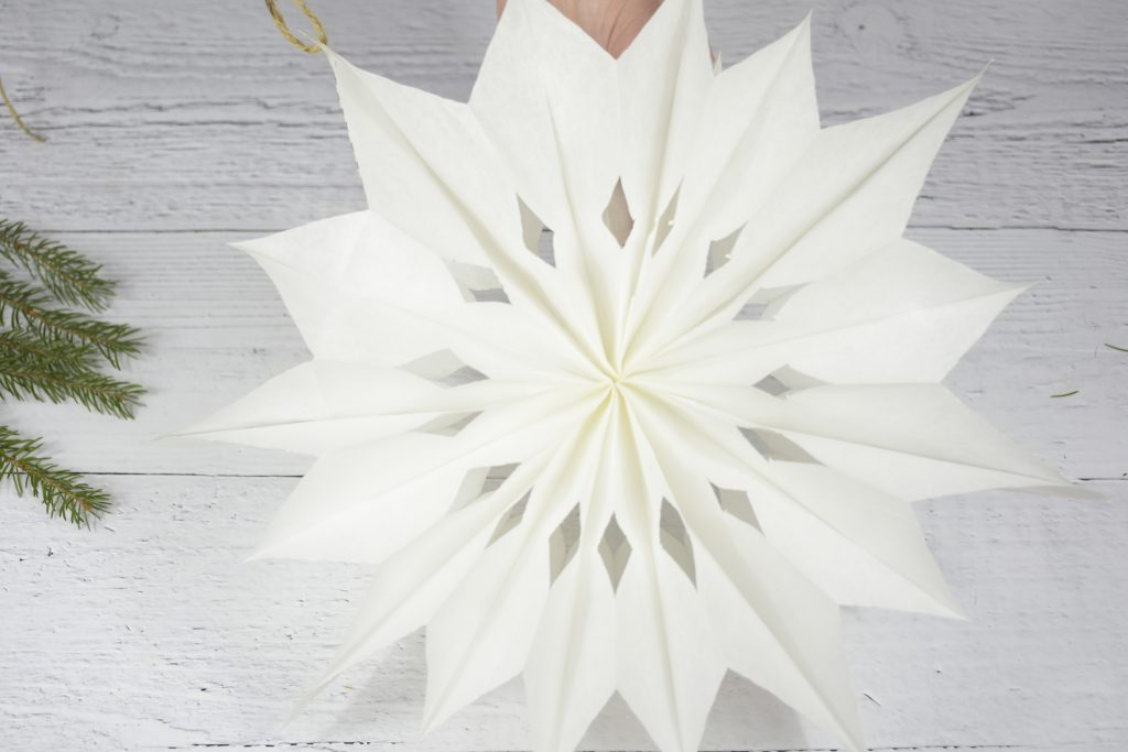 make stars from paper sandwich bags