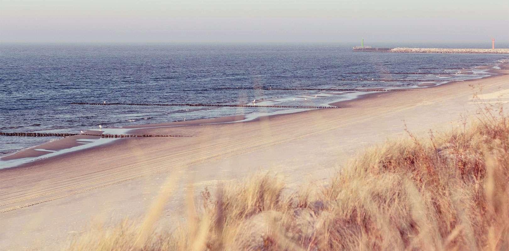 Strand02 - Sommerliebe: Eine romantische Kurzgeschichte