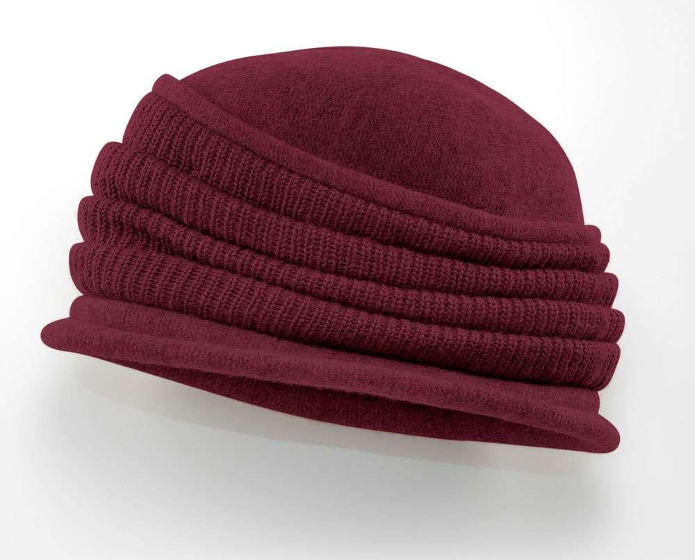 Bordeaux-rote Mütze