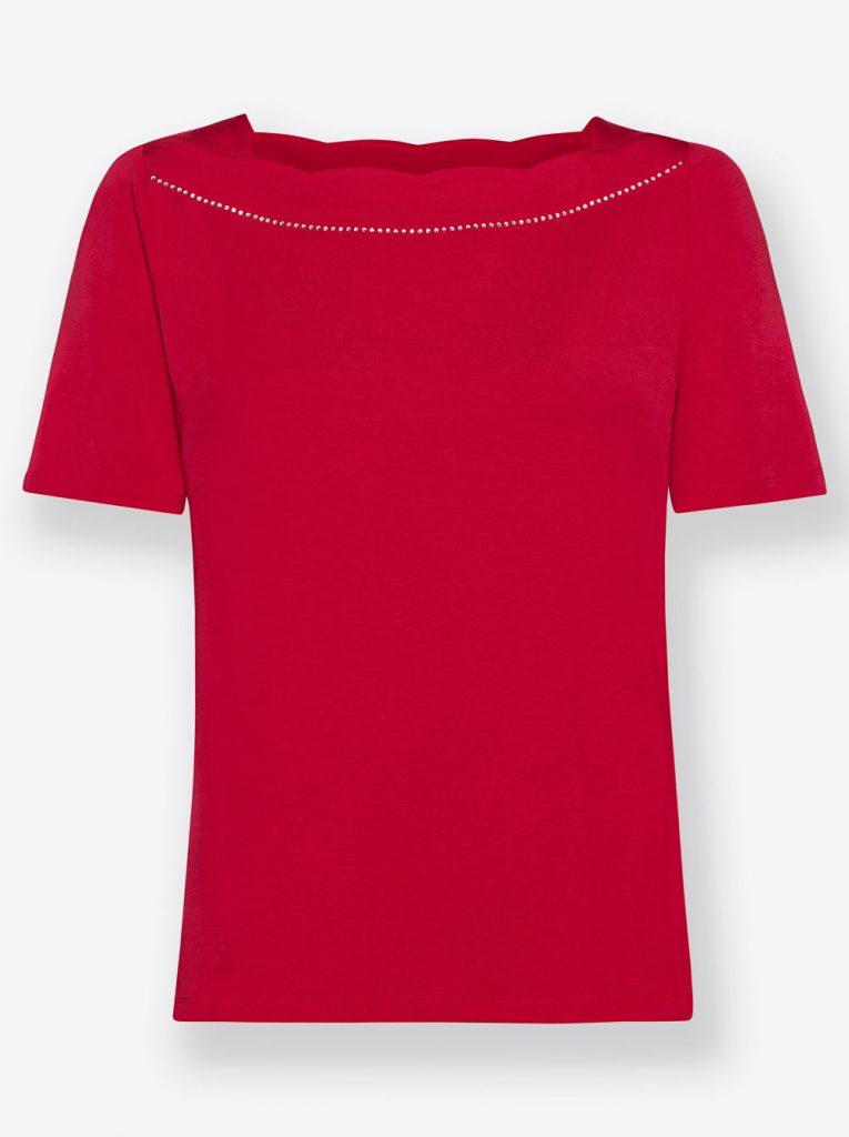 Rotes Shirt mit U-Boot-Ausschnitt